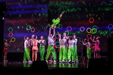 Полувековой юбилей отметила первая в стране детская цирковая школа «Весёлая арена»