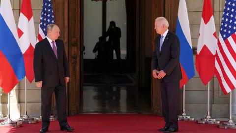 «Вы ждали прорыв?»: эксперт рассказал о смысле переговоров Байдена и Путина