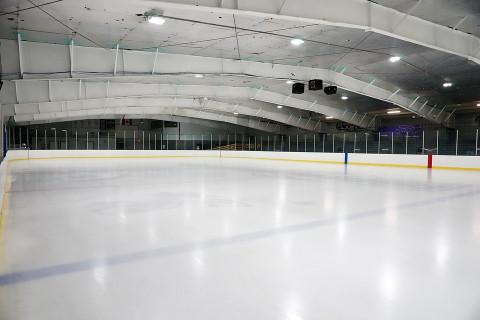 Новую ледовую арену готовят к открытию в Уссурийске