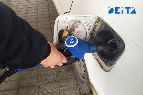 Залить полный бак: цены на бензин пошли вверх в России