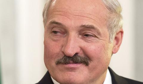 Лукашенко остается еще на 10 лет