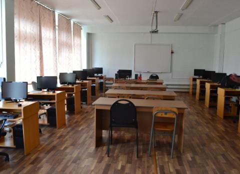 Приморские школьники перешли на дистанционное обучение из-за коронавируса