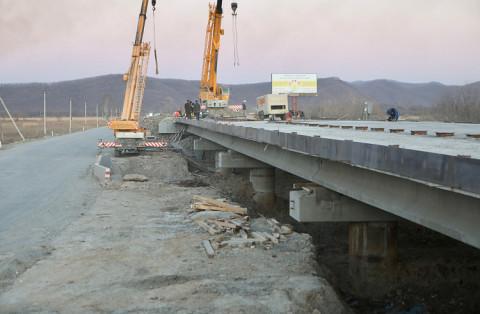 Новый мост в Большом Камне откроется раньше срока