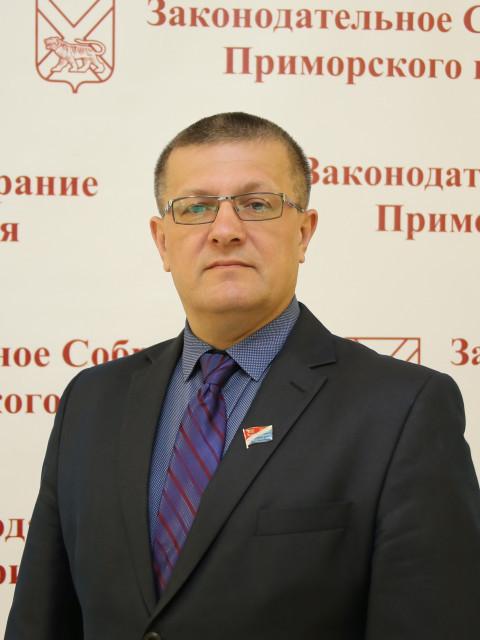Владимир Хмелев: «У депутата должна быть прямая ответственность перед избирателями»
