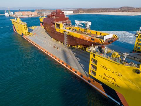 «Звезда» спустила со стапеля свое первое многофункциональное судно снабжения «Катерина Великая»