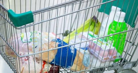 В Госдуме предложили заморозить цены на продукты перед Новым годом