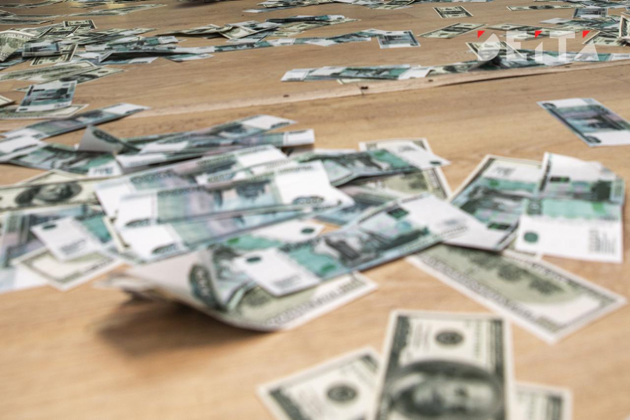 Когда обрушится рубль, предсказал эксперт