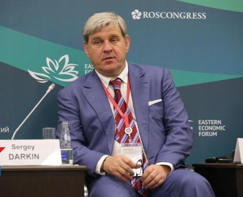 Банк супруги Дарькина меняет вывеску
