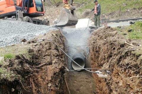 Сети ливнёвой канализации обустраивают по ряду улиц во Владивостоке