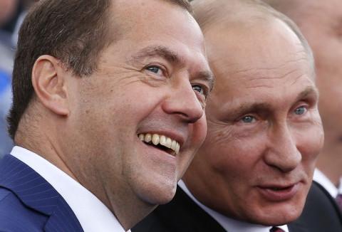 Медведева готовят в президенты, правительство Мишустина к отставке - эксперт