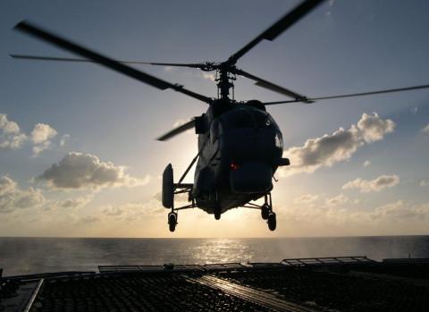 Камчатские водолазы продолжают поднимать тела погибших пассажиров Ми-8