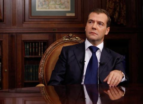 Медведев получил от Путина орден на юбилей