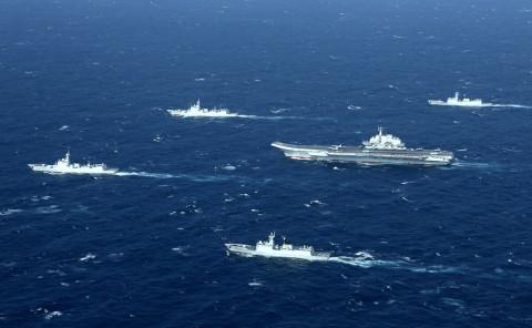Китай начал морской бой рядом с Тайванем
