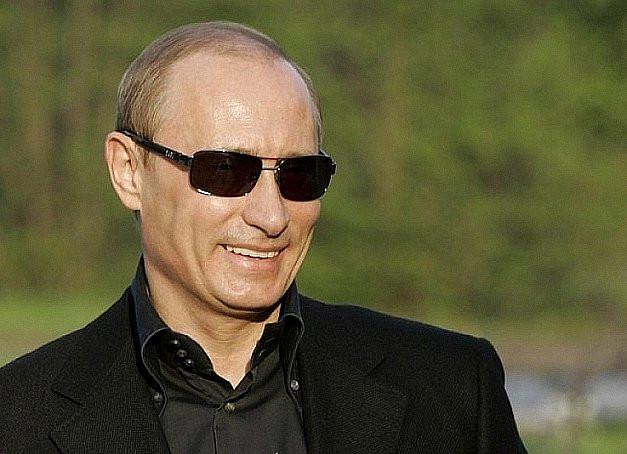 Путин потребовал больше мигрантов к 1 марта