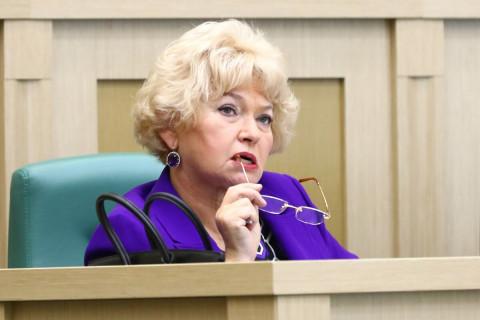 Мама Собчак получила почти миллион «лишней» пенсии