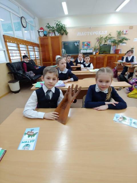 Уроки по электробезопасности возобновились в хабаровских школах
