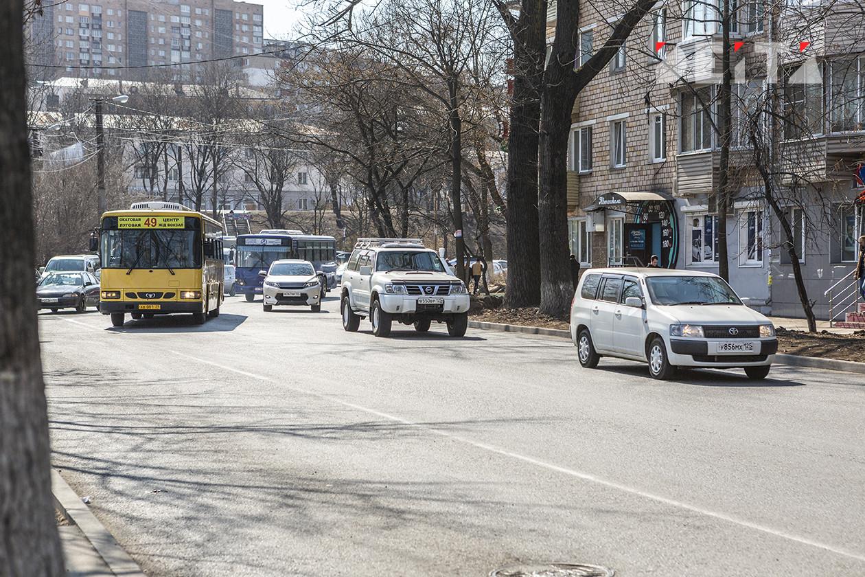 Автобусный хулиган оказался несовершеннолетним