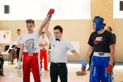 Новички кикбоксинга встретились на ринге во Владивостоке