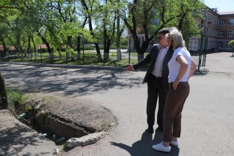 В микрорайоне Уссурийска заасфальтируют около трех километров дорог