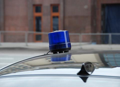 Водителей с «мигалками» предлагают не штрафовать за нарушения ПДД