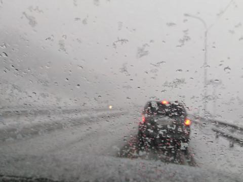 Снежный шторм испортил один из популярных видов Владивостока