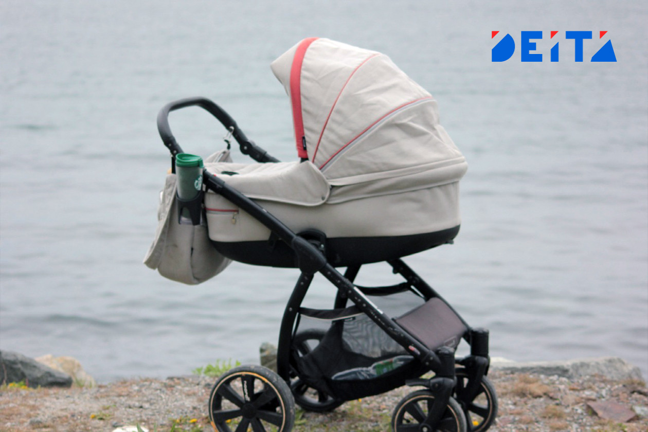 Материнство в России предложили считать работой