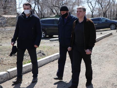 Благоустройство Уссурийска обсудили в ходе выездного совещания