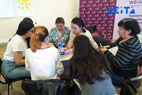 Зарубежные эксперты передают опыт предпринимательницам Приморья