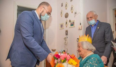 Со 100-летним юбилеем ветерана поздравил Константин Шестаков