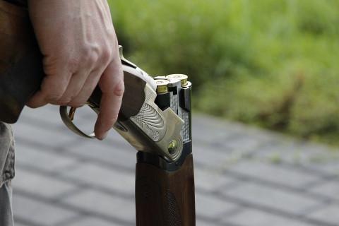 Ревнивый муж с ружьем заплатит 40 тысяч за стрельбу