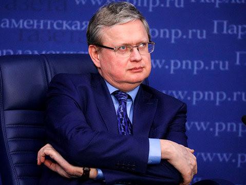 Делягин объяснил, почему Путин не может избавиться от либералов