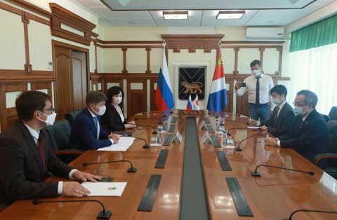 Олег Кожемяко отметил вклад генконсула Японии в развитие отношениймежду народами
