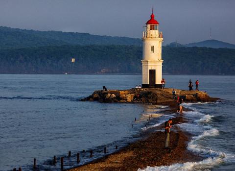 Ребёнок пропал на популярном пляже Владивостока