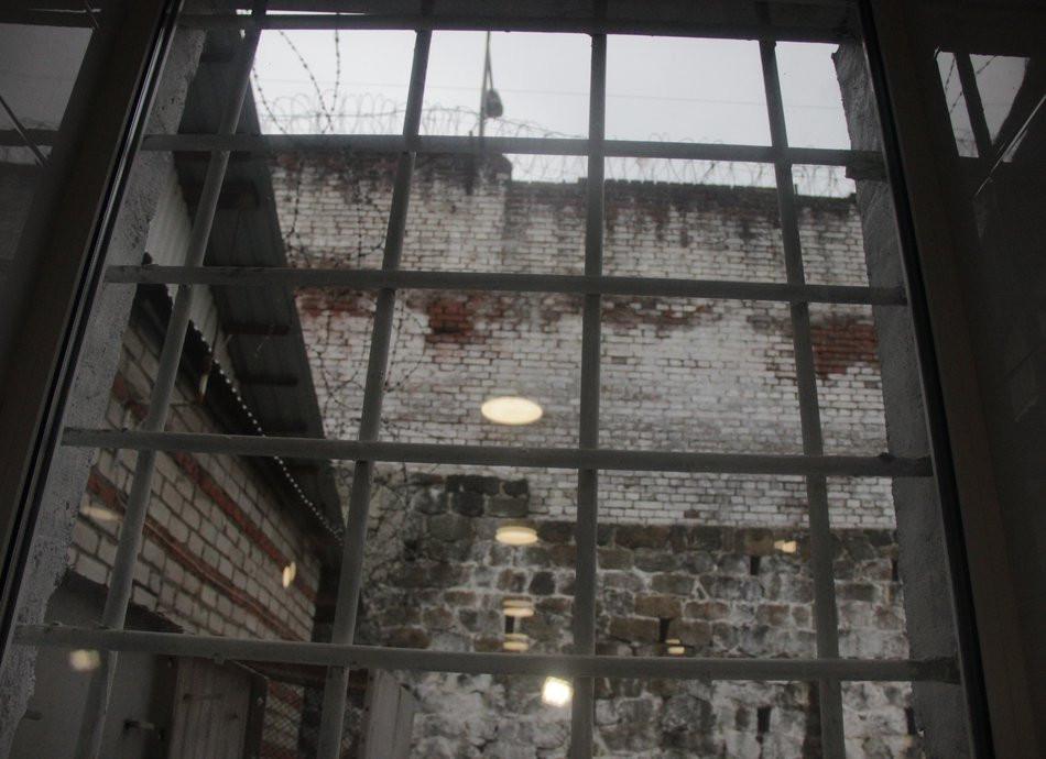 Владивостокский суд добился тюрьмы для полицейского-рабовладельца