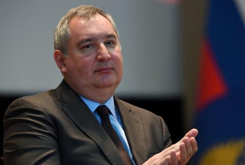 Рогозин собрался в октябре на Луну