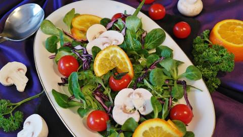 «Доем ваш салат»: необычную услугу предлагают горожанам