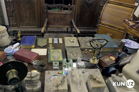 Клад на миллион долларов обнаружен в подвале