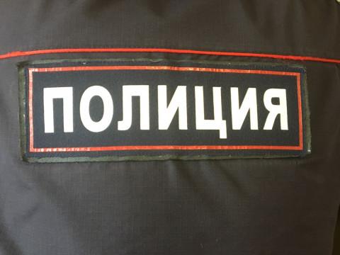 Продавец и врач задержали во Владивостоке преступника с чёлкой
