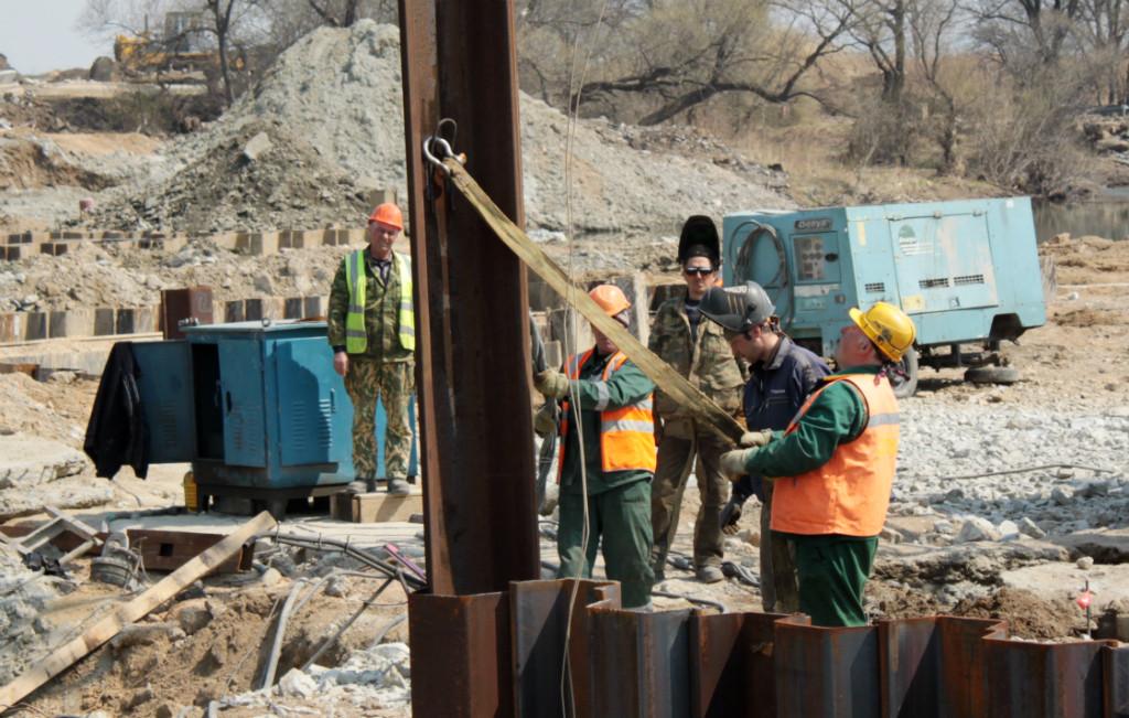 Мост в Кроуновку в срок не построили