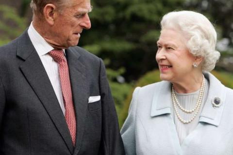 Стало известно об эвакуации Елизаветы II