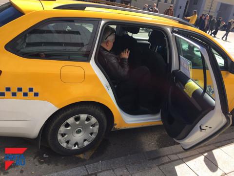 Приморский таксист чудом избежал смерти: пассажиров ждут нары