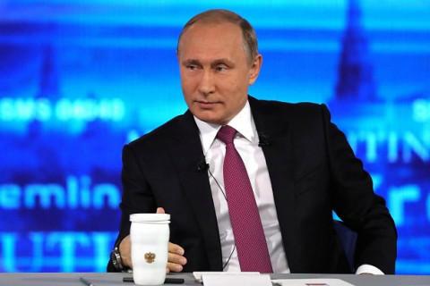 Путин назвал комиссию по банковским картам квазиналогом