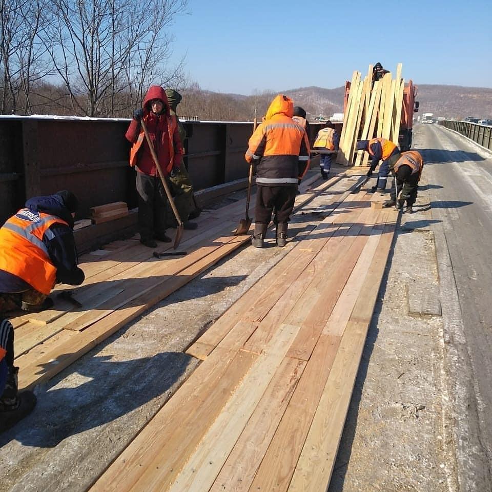«Будни сверхдержавы»: ремонт моста возмущает граждан