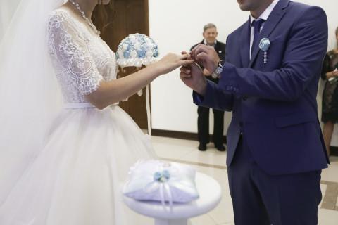 Молодожены в Кувейте развелись через 3 минуты после свадьбы