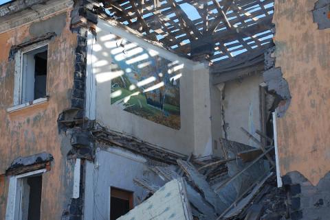 Есть погибшие: в жилом доме прогремел взрыв