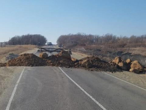 Автолюбителям: Мост через Осиновку перекрыт