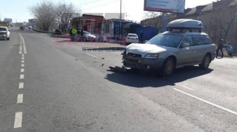 Автолюбители не поделили дорогу на перекрестке