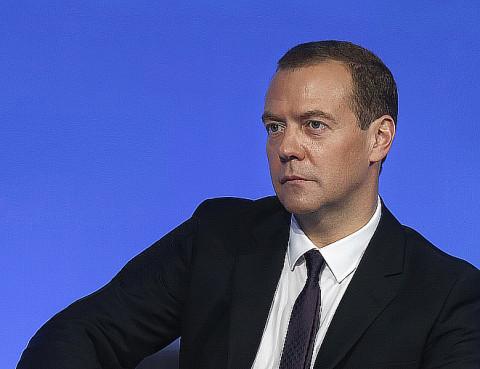 Медведев признался, что обязан быть оптимистом