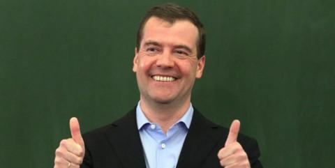 Почему Медведев не прав, объяснил эксперт