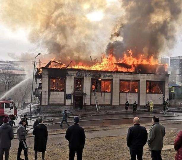Появились подробности крупного пожара в ресторане